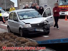 Un bus et deux voitures se percutent à Sanvignes..
