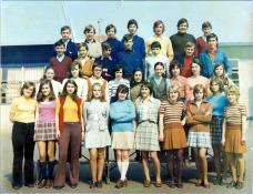 Anciens  élèves de la 3ème du CEG des Gautherets année scolaire 1971-1972