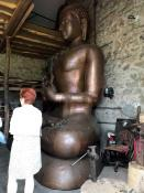 Gérard Guinot, l'homme qui fabrique les bouddhas pour le temple (Suite)