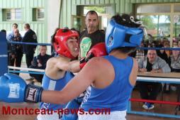 Boxe – A la salle des fêtes de Pouilloux avec le boxing club