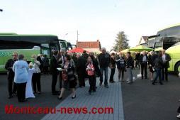 Sept cents invités sur le site de la société Girardot autocars à Saint-Vallier