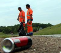 """""""Stop aux déchets, la route n'est pas une poubelle !"""""""