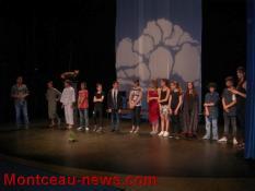 Des élèves de 5e du collège Copernic à Saint-Vallier pour la première fois sur scène