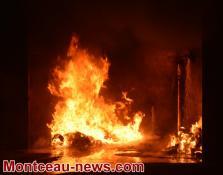 Faits divers  - feux de poubelles cette nuit à Montceau  VOIR NOTRE VIDEO