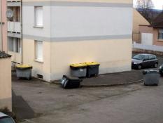 """Incivilités et """"nuisances"""" dans le quartier de  Bellevue à Montceau... .(voir la vidéo)"""