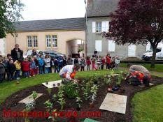 Elèves de l'école maternelle (Perrecy-les-Forges)