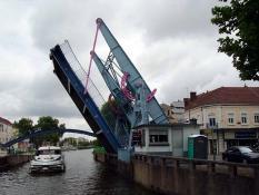 Pont-levant de Montceau