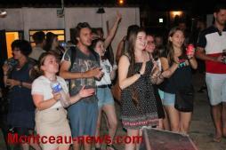 La fête «faîtes» de la musique au stade à Pouilloux