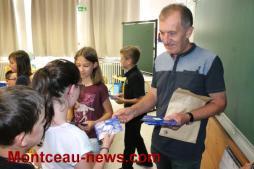 Aux élèves de CM2 à Pouilloux