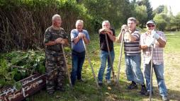 Nettoyage des abords de l'étang du Bois du Leu (Sanvignes)