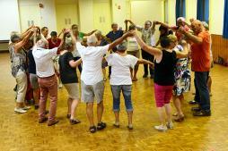 Cours de danses trad à Marizy