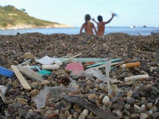 """A la découverte du """"continent de plastique"""""""