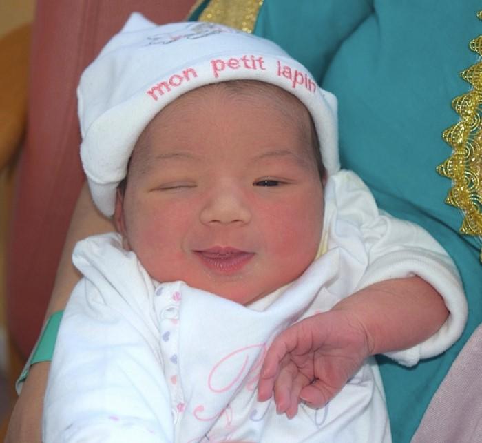 bebe dikra 2004152