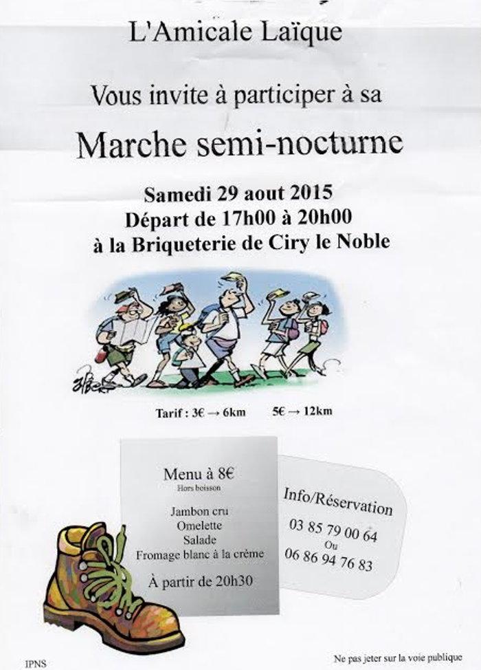 marche nocturne 2308152