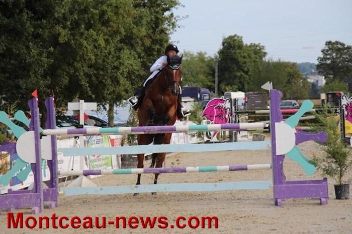saut obstacles 09081537