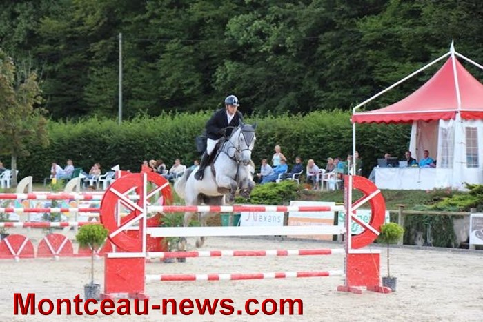 saut obstacles 09081541