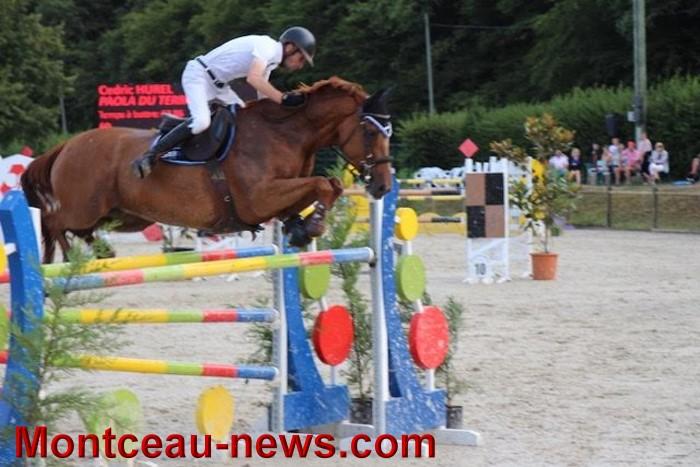saut obstacles 09081543