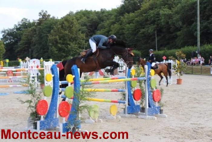 saut obstacles 09081548