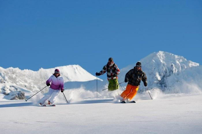 ski 2701165