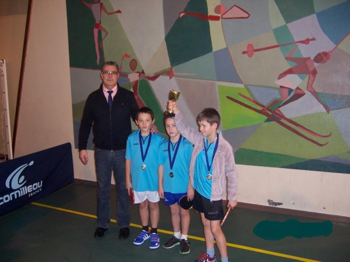 tennis table 1301165