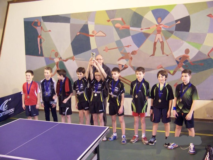 tennis table 1301167