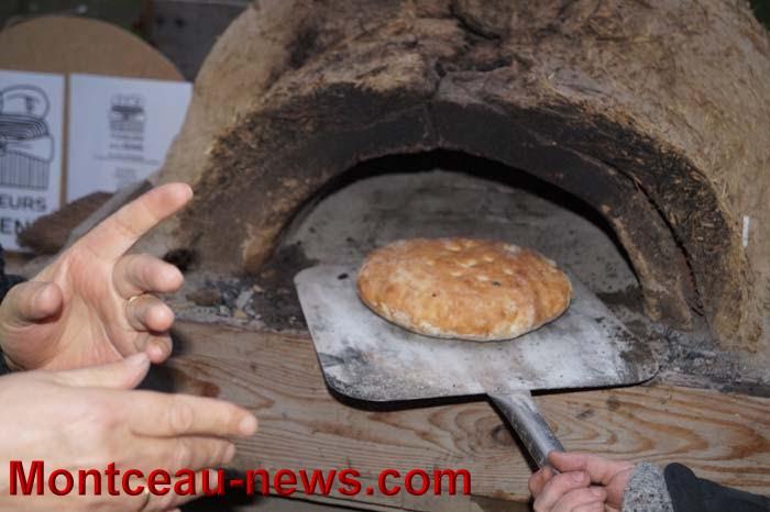 fete pain 1902166