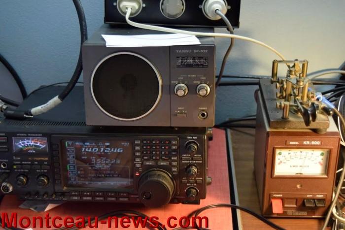 radio 01021610