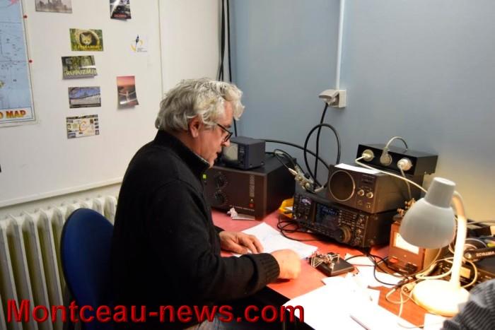 radio 0102162