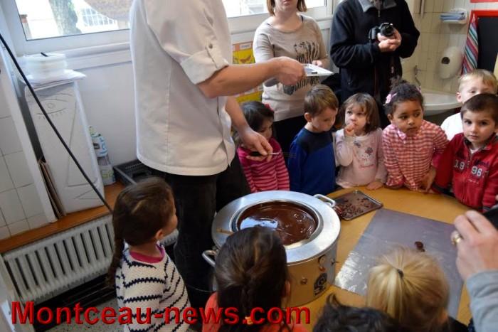ecole chocolat 26041612