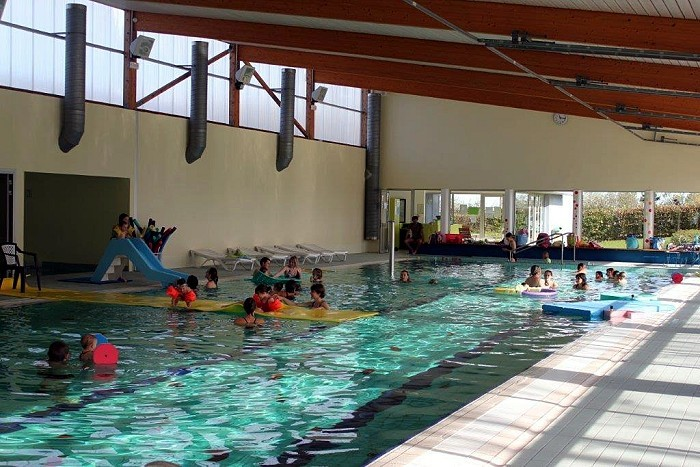 piscine guiche 0904162
