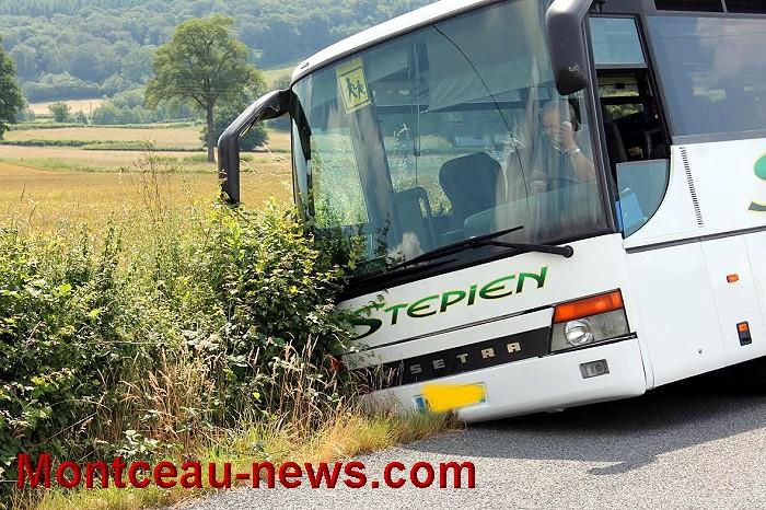 bus 24 06 161
