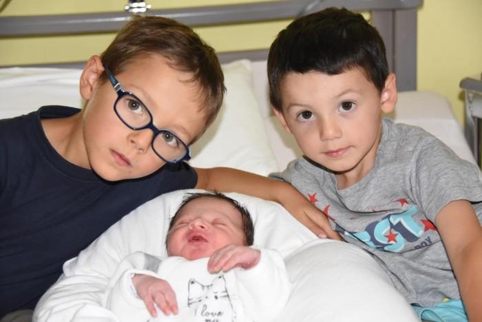 bebe luka 1208168