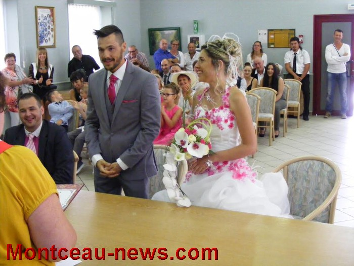 mariage st val 21081612