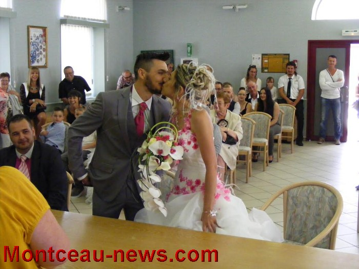 mariage st val 21081614