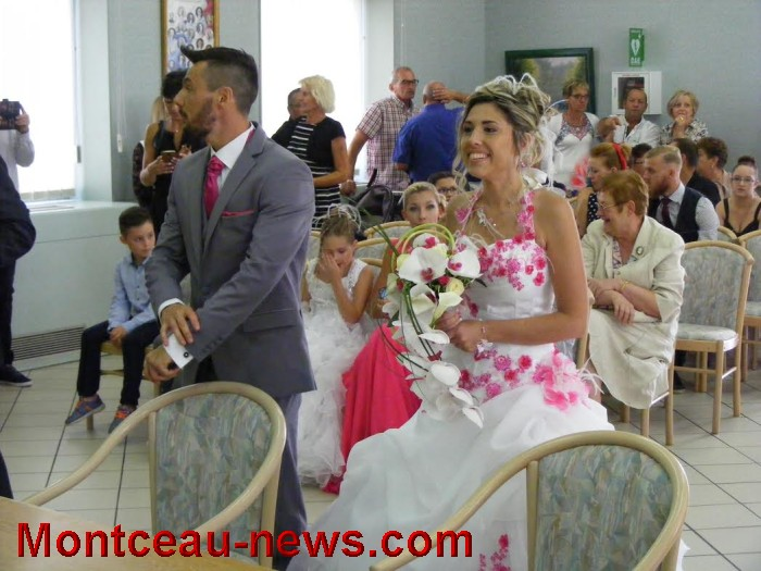 mariage st val 21081617