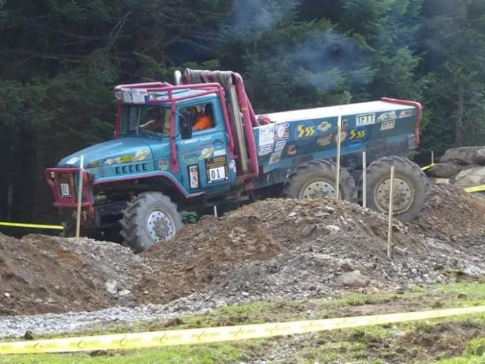truck-2009165