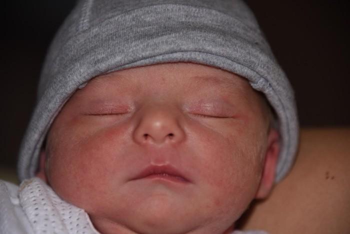 bebe-enola-1411162
