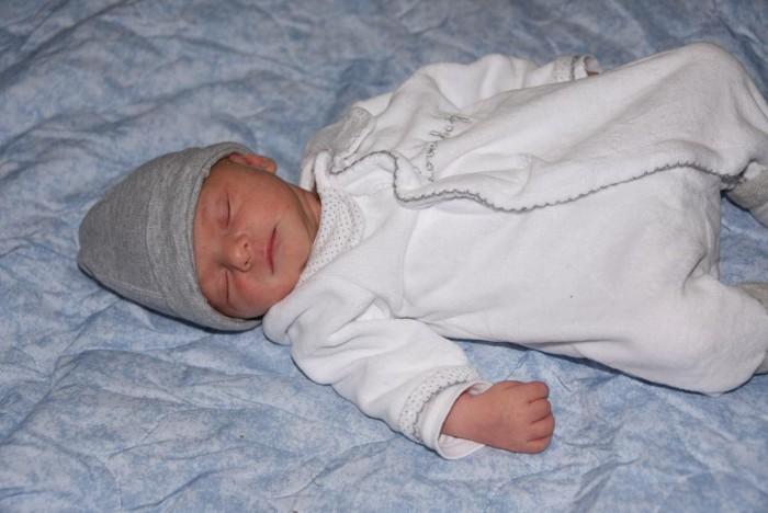 bebe-enola-1411166