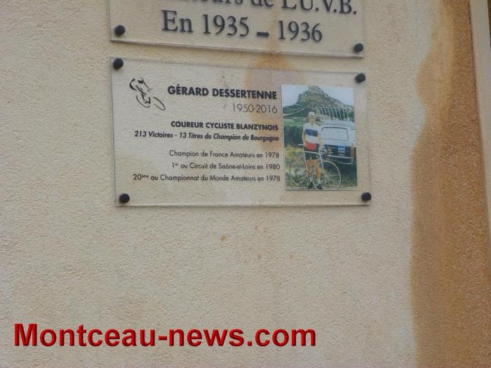 plaque-1411167