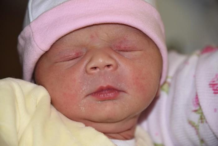 bebe-tiana-2112162