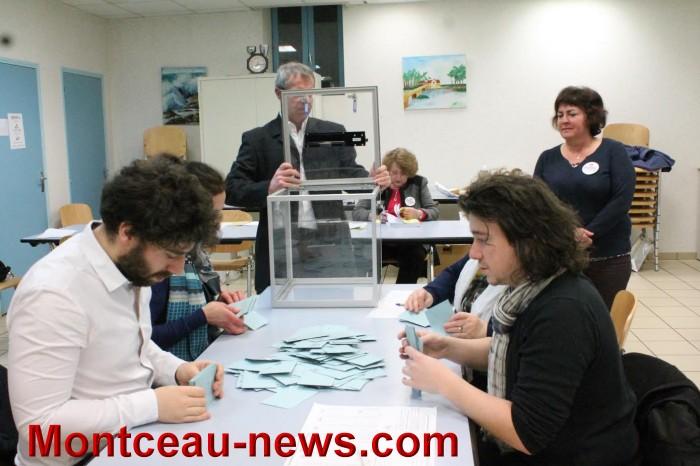 Premier tour des primaires citoyennes à Saint-Vallier
