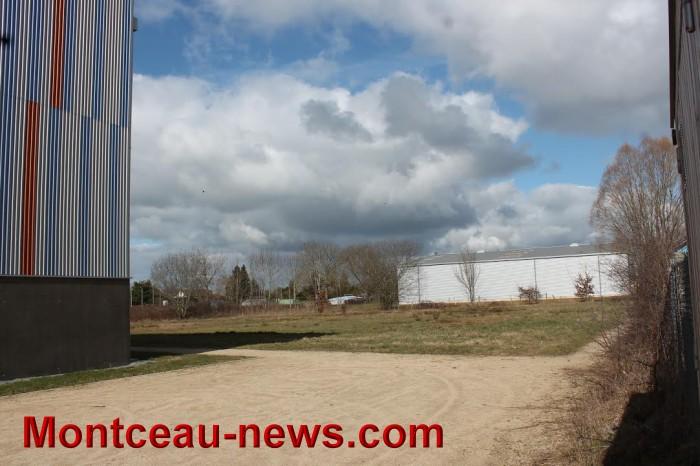 Aménagement – Le stationnement autour du gymnase Potignon à Saint-Vallier