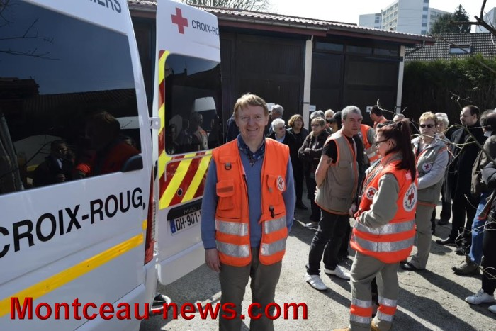 Montceau: renforcement des moyens techniques roulant pour la Croix Rouge