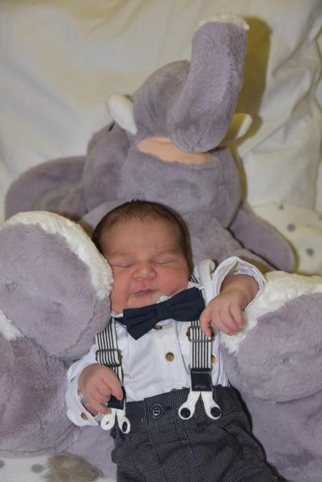 bebe tiago 2211179