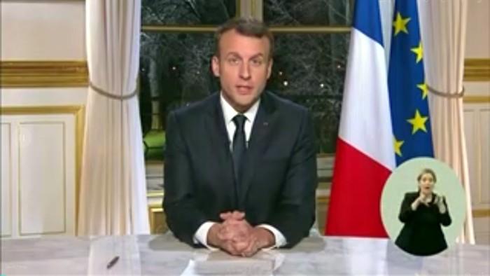 Macron 010118
