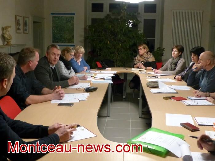 Conseil municipal Gourdon Montceau-news.com 1303191