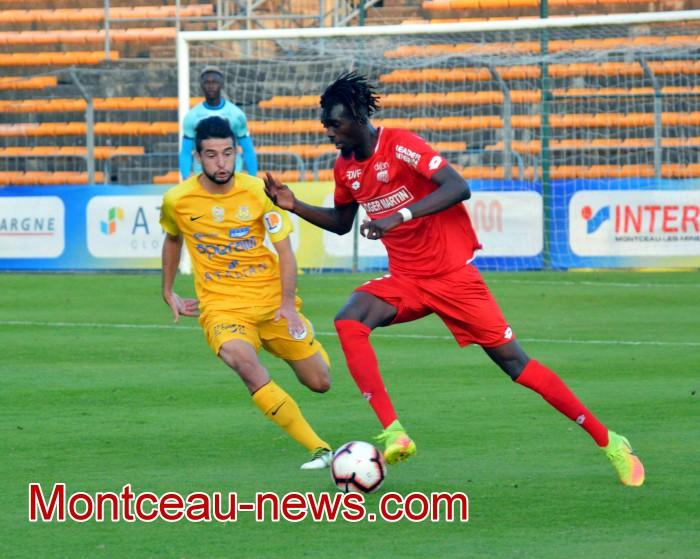 Foot football soccers FCMB Louhans Gueugnon Dijon FCO Montceau-news.com 1303191
