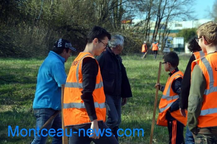IME papillons blancs handicap jeunes young slalom Saint Vallier sport auto Montceau-news.com 2803193