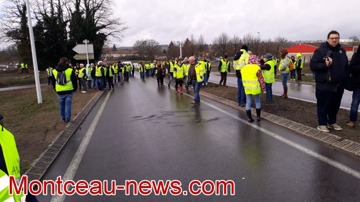 Journee action gilets jaunes Magny 02031910