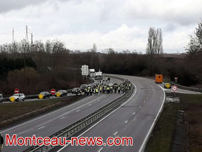Journee action gilets jaunes Magny 02031922